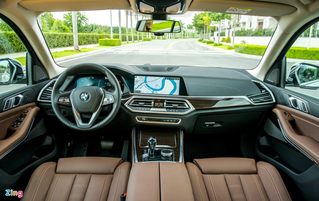 BMW X5 vua ra mat tai VN co gi hon Mercedes-Benz GLE? hinh anh 7