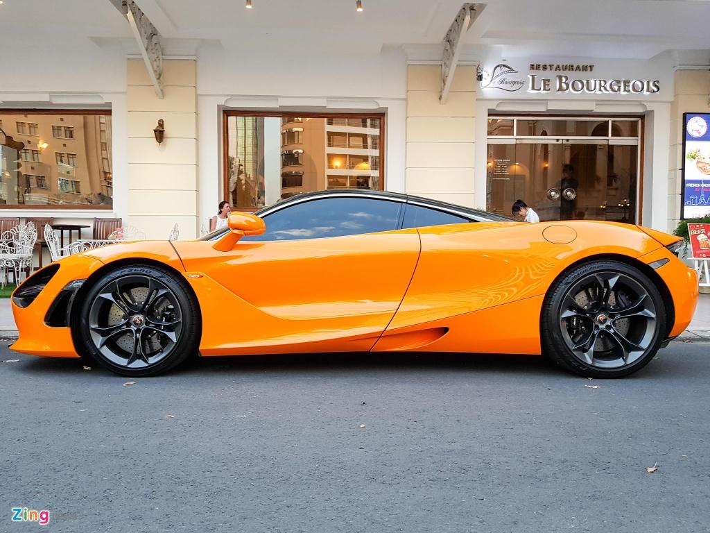 Bo doi sieu xe McLaren 720S xuong pho anh 8