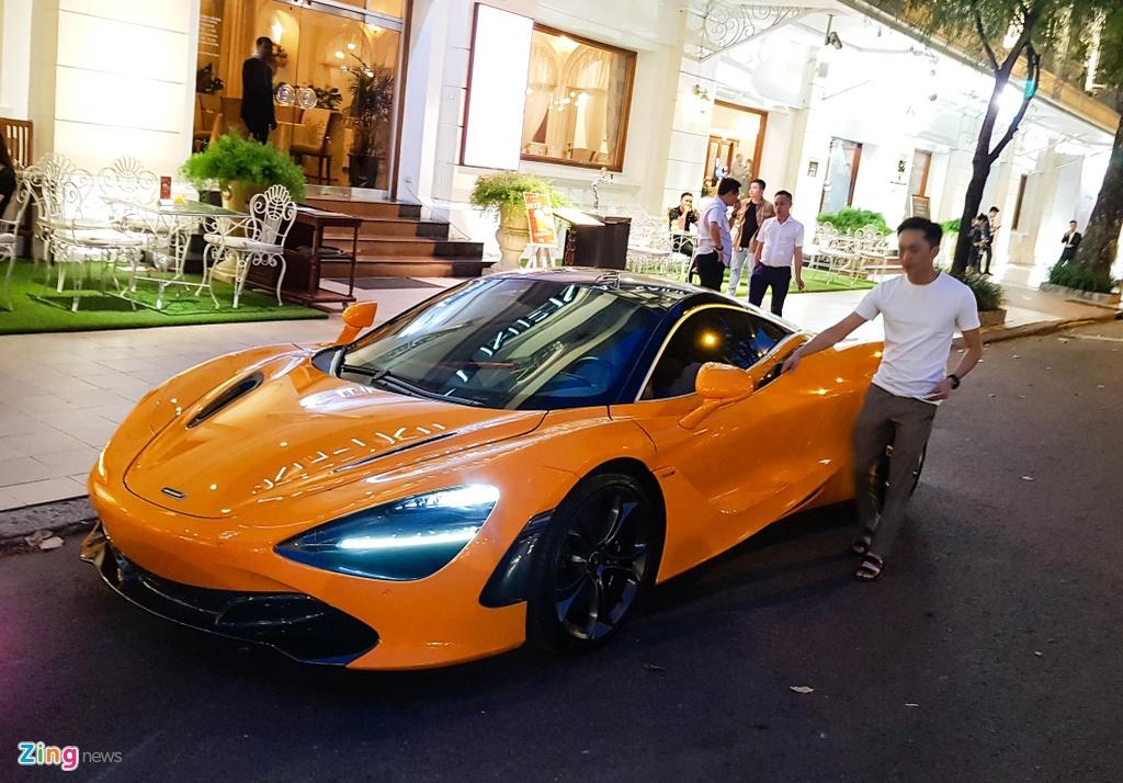 Bo doi sieu xe McLaren 720S xuong pho anh 10