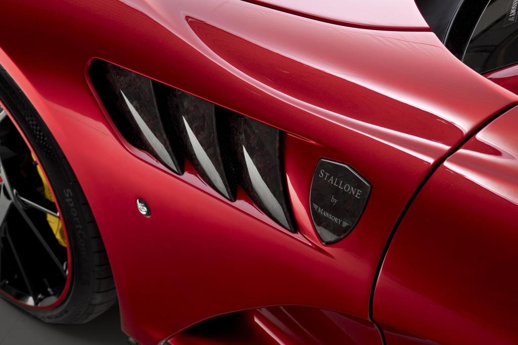 Chiem nguong ban do Mansory Ferrari 812 Superfast manh 830 ma luc hinh anh 7