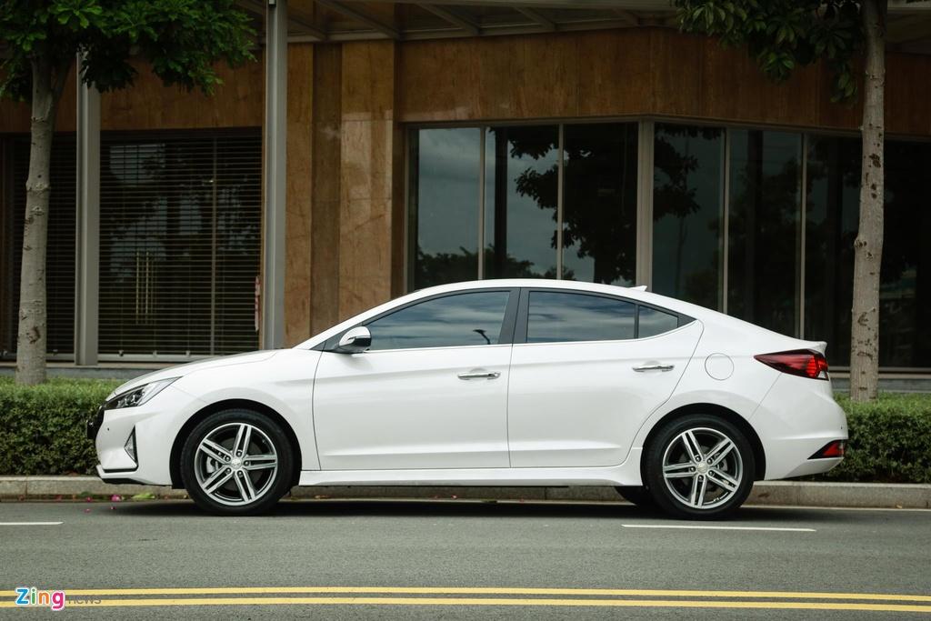 So sanh Honda Civic RS va Hyundai Elantra Sport anh 6