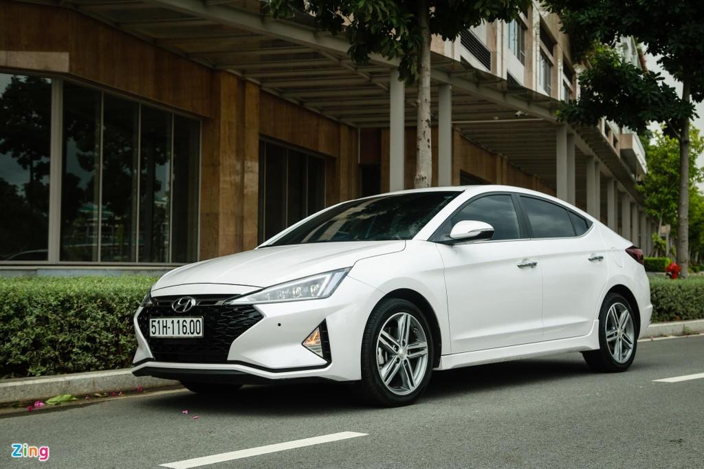 So sanh Honda Civic RS va Hyundai Elantra Sport anh 2
