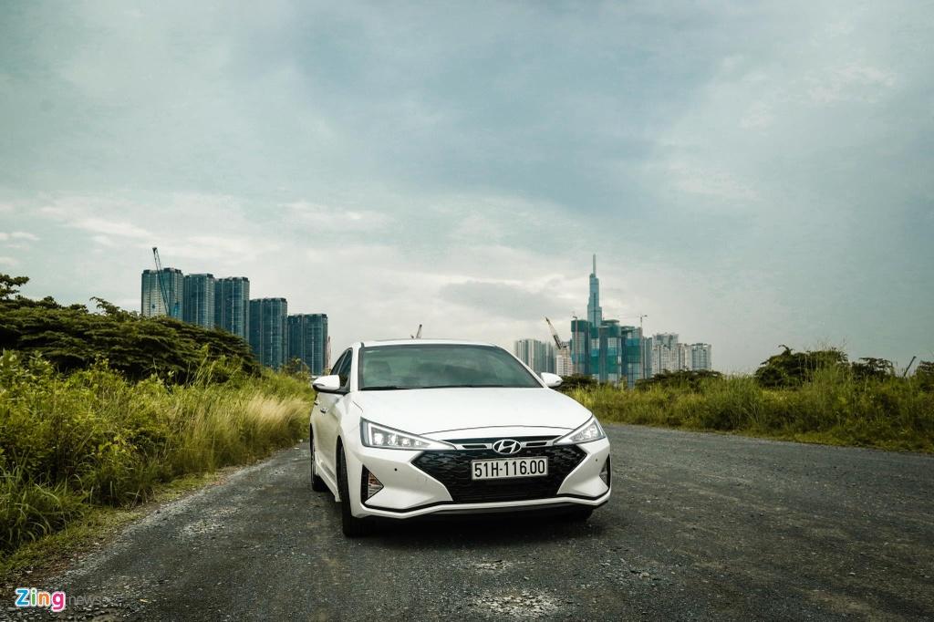 So sanh Honda Civic RS va Hyundai Elantra Sport anh 21
