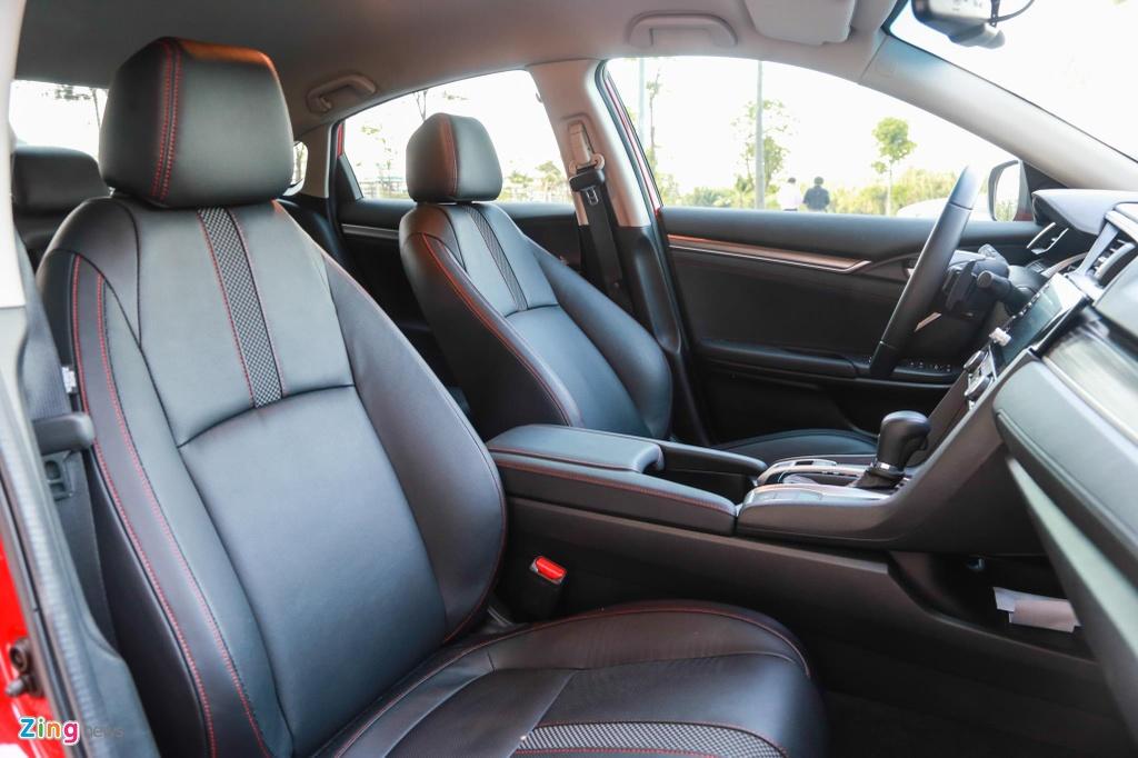 So sanh Honda Civic RS va Hyundai Elantra Sport anh 14