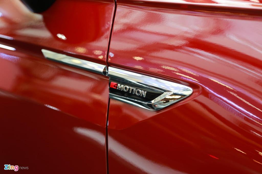 Volkswagen Tiguan Allspace ban cao cap nhat ra mat VN, gia 1,85 ty hinh anh 4