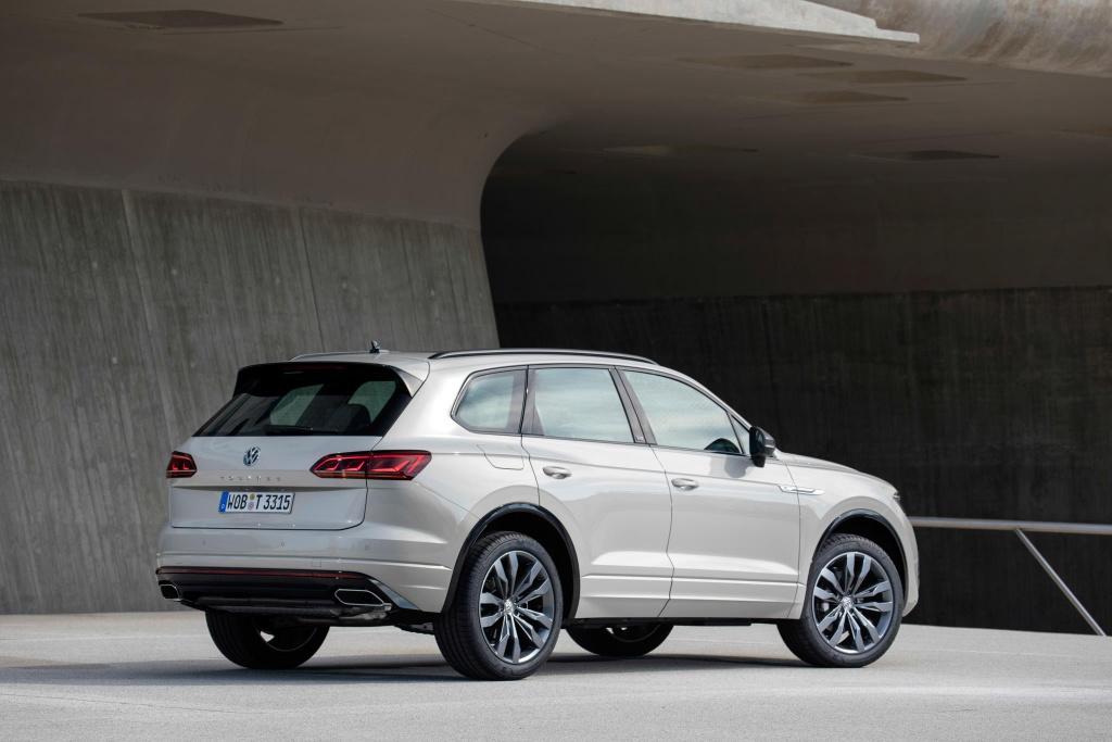 Volkswagen Touareg One Million ra mat, gia hon 90.000 USD hinh anh 5