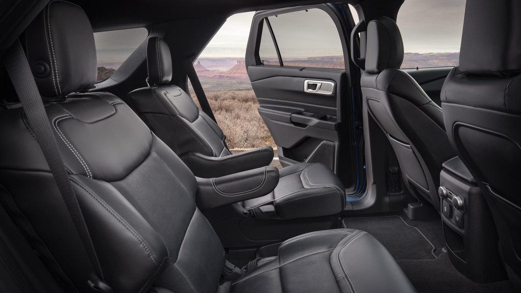 Danh gia Ford Explorer 2020 - nhieu cai tien ca thiet ke lan dong co hinh anh 7