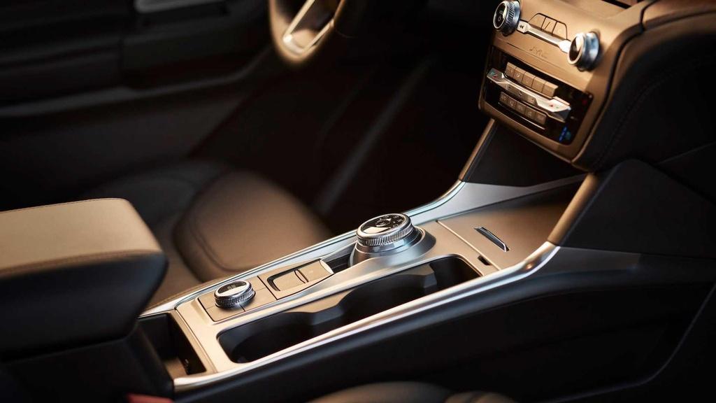Danh gia Ford Explorer 2020 - nhieu cai tien ca thiet ke lan dong co hinh anh 9