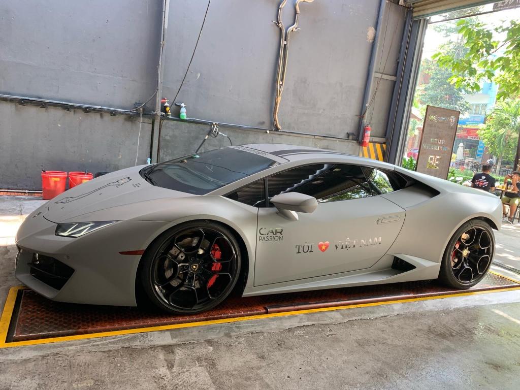 Lo hen Car Passion 2019, Lamborghini Huracan LP 580-2 tro lai Ha Noi hinh anh 2