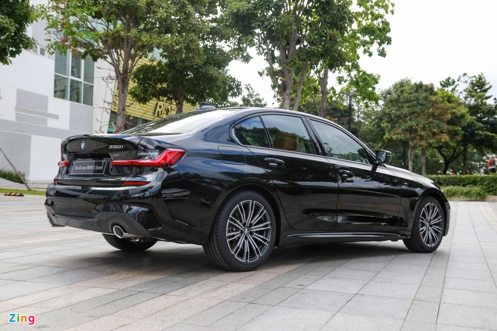 Chi tiet BMW 330i M Sport gia 2, 38 ty tai VN anh 12