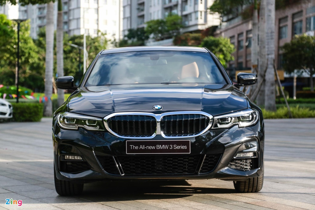 Chi tiet BMW 330i M Sport gia 2, 38 ty tai VN anh 2