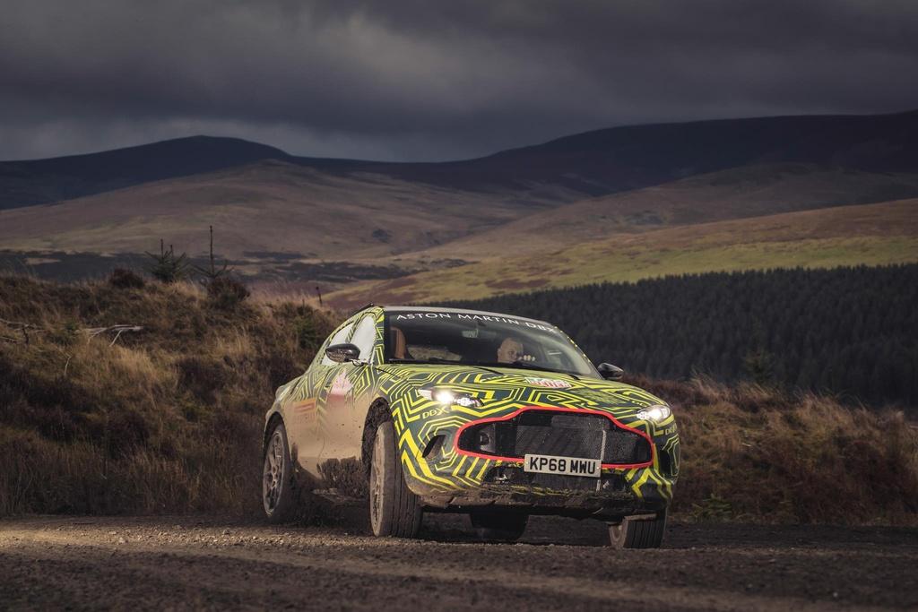 Aston Martin chen chan san xuat SUV, ra mat vao thang 12 hinh anh 10