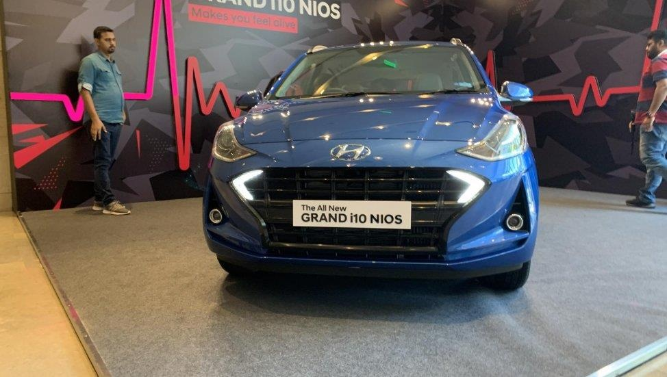 Hyundai Grand i10 moi khac gi so voi phien ban dang ban o VN? hinh anh 3