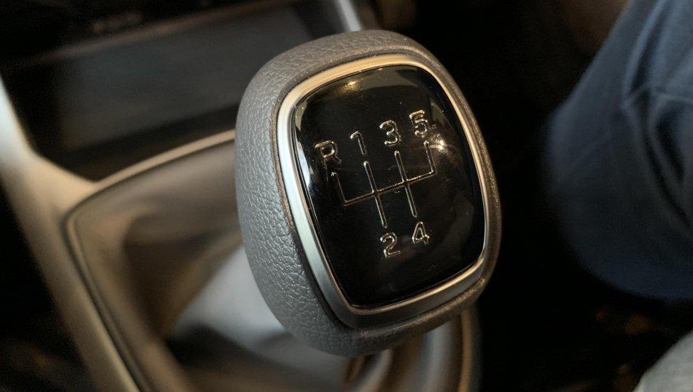 Hyundai Grand i10 moi khac gi so voi phien ban dang ban o VN? hinh anh 14