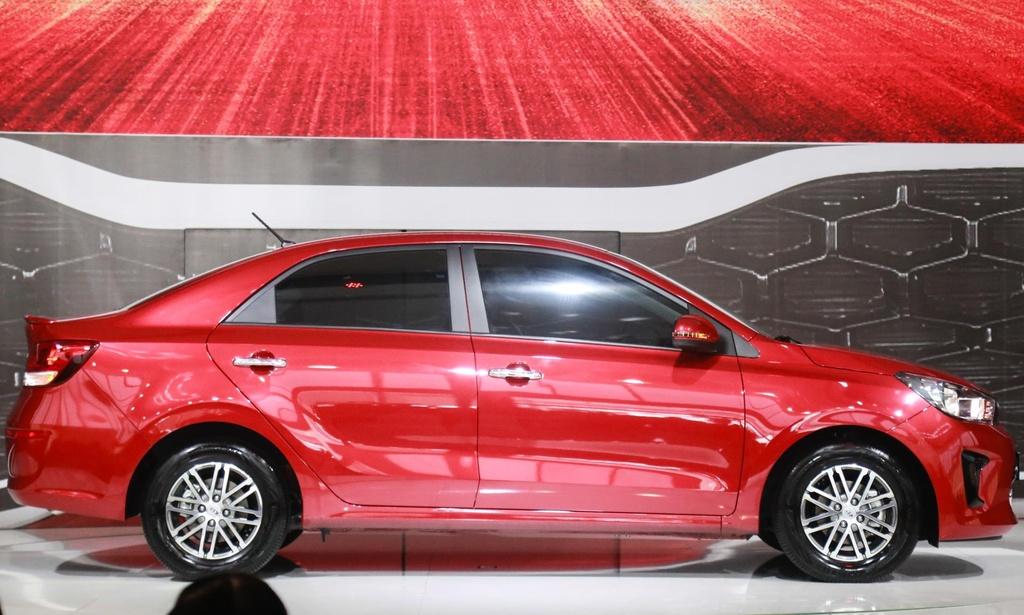 So sanh Kia Soluto va Hyundai Accent - thua moi thu tru gia ban hinh anh 20