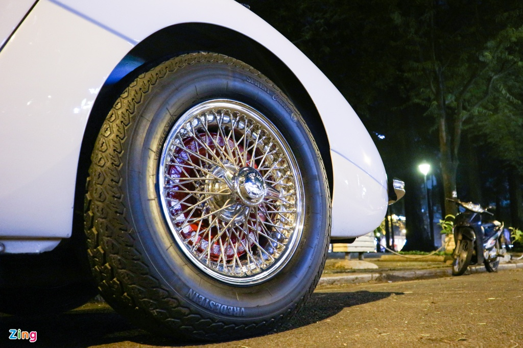 Xe co Austin-Healey 3000 MK III cua dai gia TP.HCM hinh anh 7