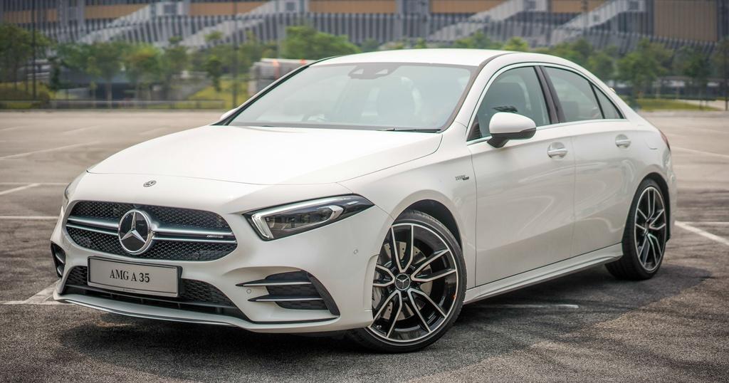 Can canh Mercedes-AMG A 35 sedan vua ra mat DNA, gia hon 83.000 USD hinh anh 6
