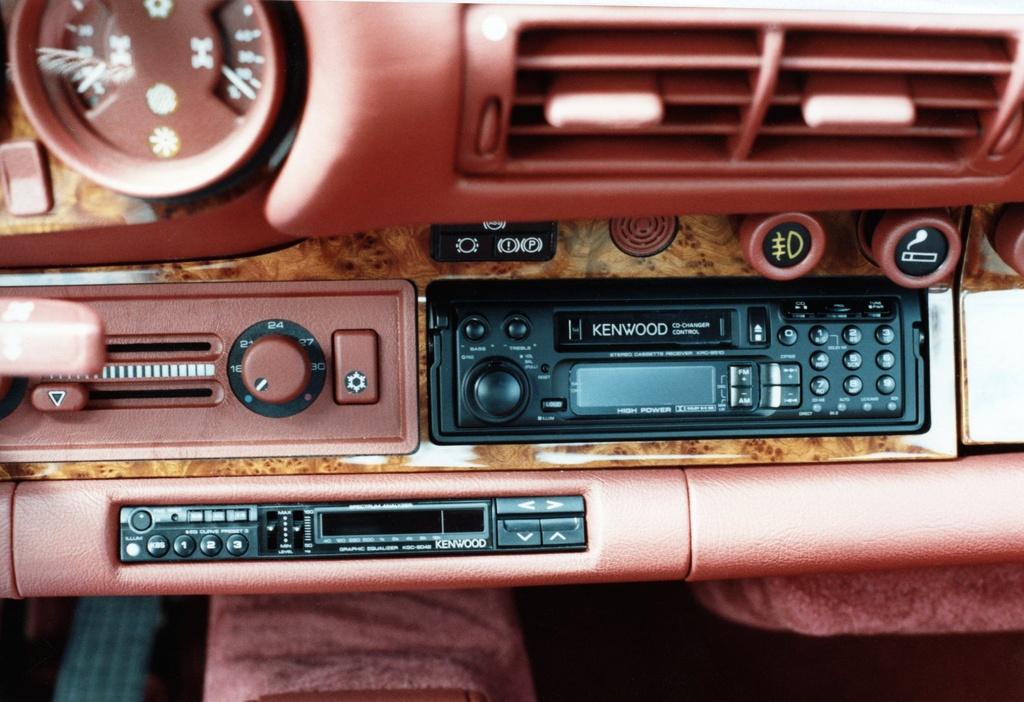 Chiem nguong Porsche 959 'hoang kim' cuc doc cua hoang than Qatar hinh anh 6