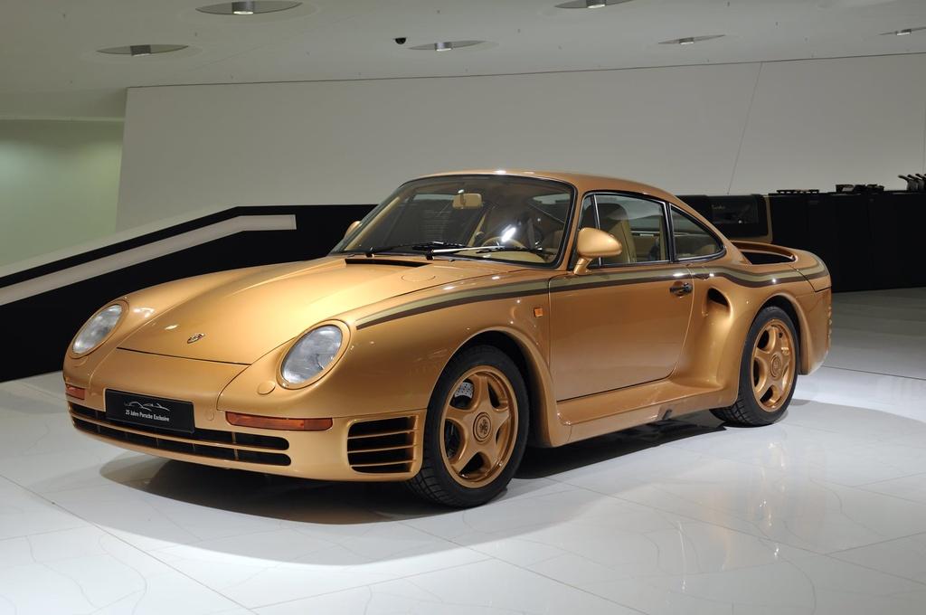 Chiem nguong Porsche 959 'hoang kim' cuc doc cua hoang than Qatar hinh anh 1