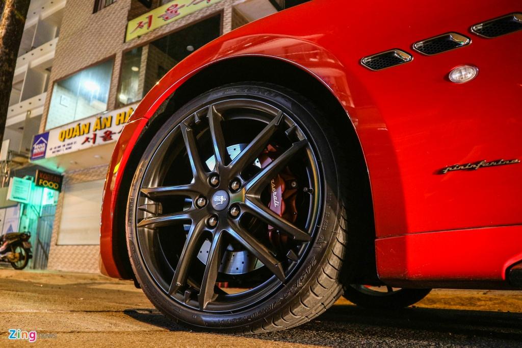 Chiem nguong Maserati GranTurismo Sport mau do hang hiem o VN hinh anh 6