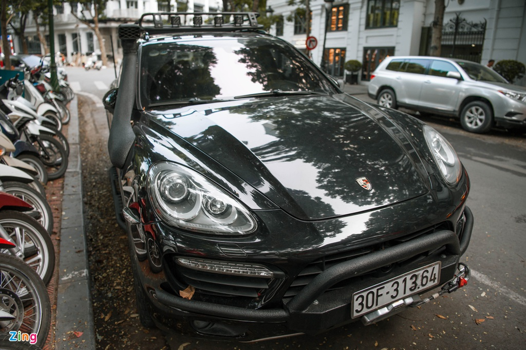 Porsche Cayenne do cua ong Dang Le Nguyen Vu hinh anh 1