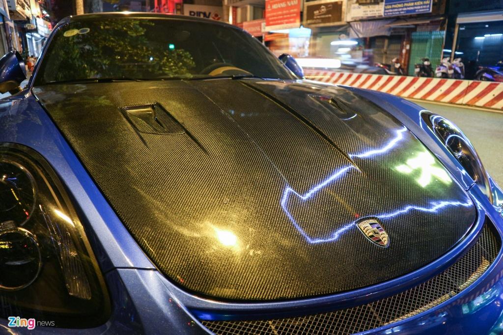 Can canh Porsche Cayman do phong cach xe dua o TP.HCM hinh anh 4