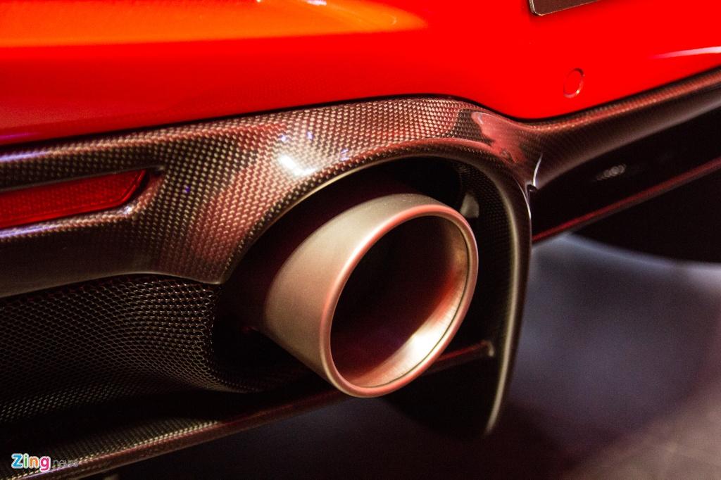 Sieu xe Ferrari F8 Tributo dau tien xuat hien tai Viet Nam hinh anh 9