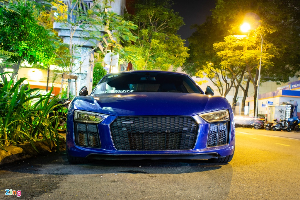 Audi R8 V10 Plus tung cua Cuong do la ve tay chu moi, thay ngoai hinh hinh anh 2