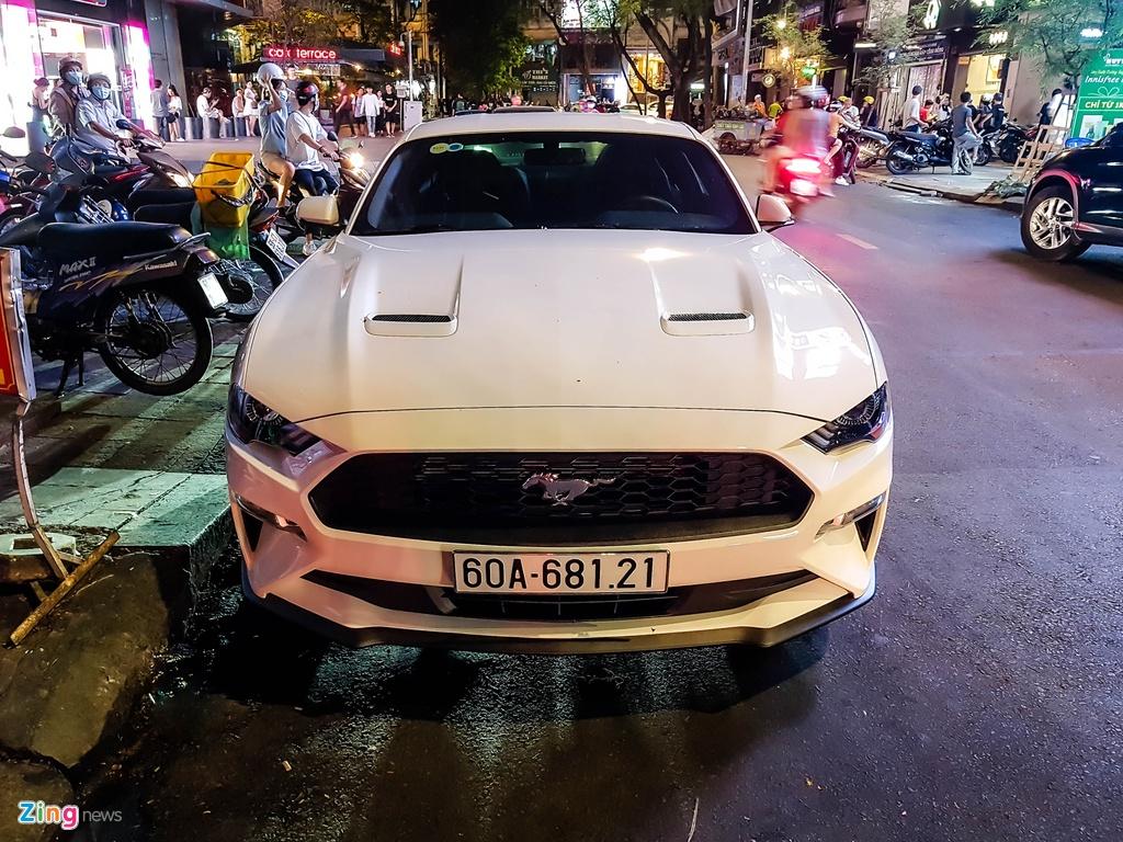 Ford Mustang facelift hang hiem xuat hien tai TP.HCM hinh anh 8