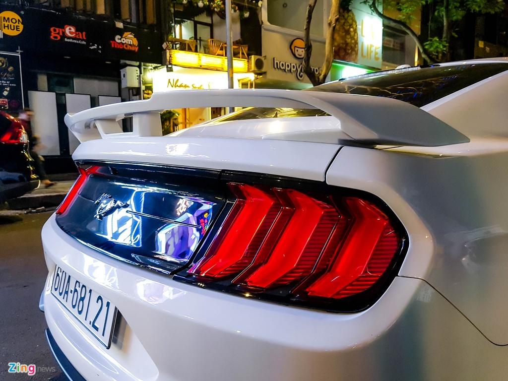 Ford Mustang facelift hang hiem xuat hien tai TP.HCM hinh anh 5