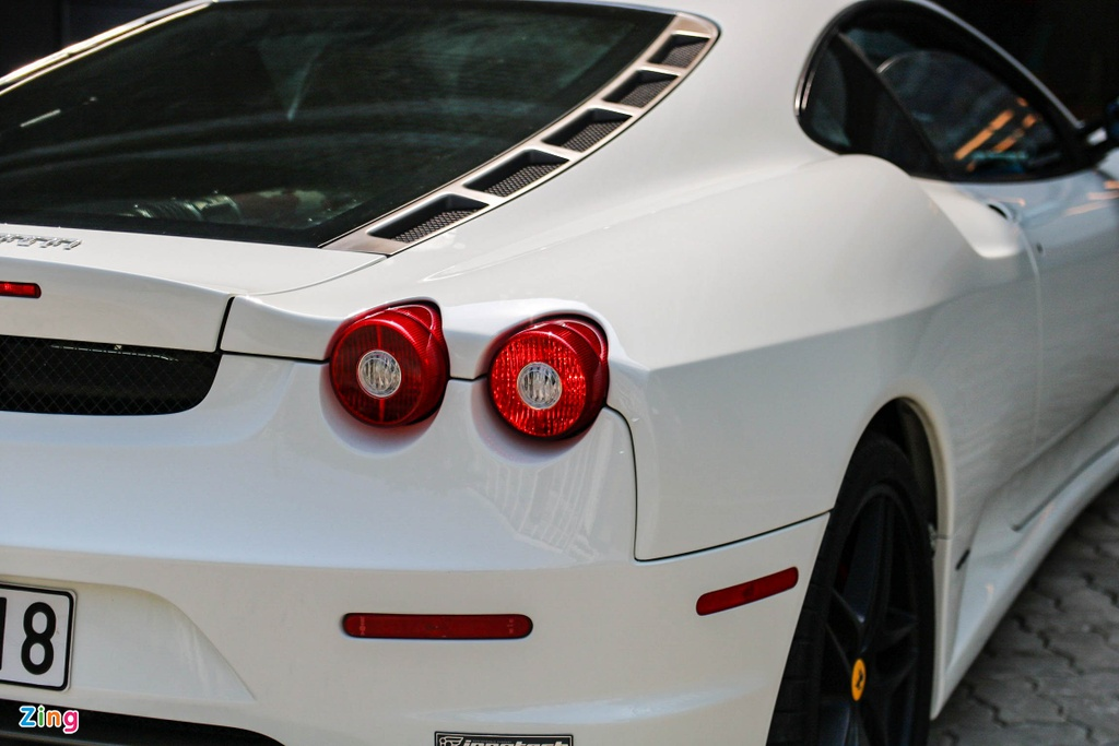Ferrari F430 tung cua Dang Le Nguyen Vu tai xuat voi ong xa dat tien hinh anh 10