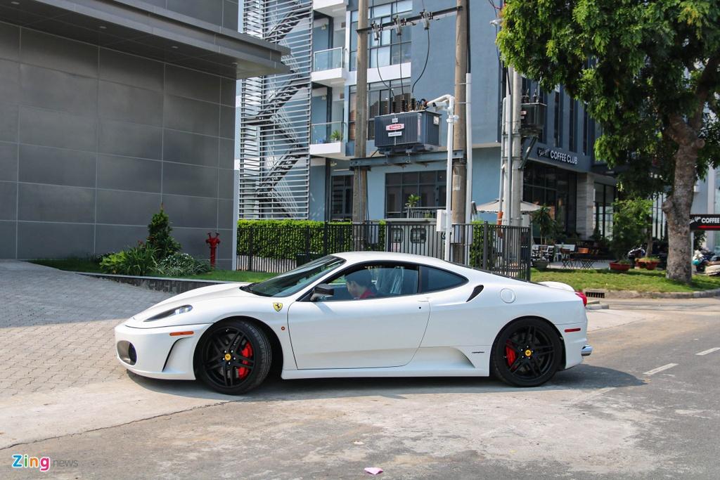 Ferrari F430 tung cua Dang Le Nguyen Vu tai xuat voi ong xa dat tien hinh anh 7