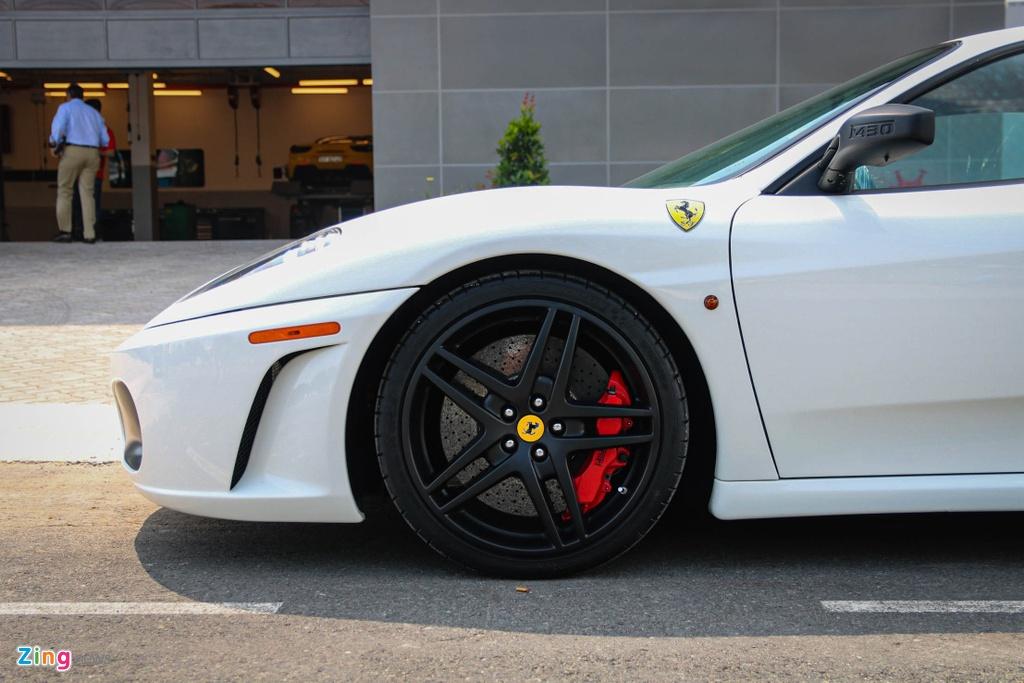 Ferrari F430 tung cua Dang Le Nguyen Vu tai xuat voi ong xa dat tien hinh anh 8