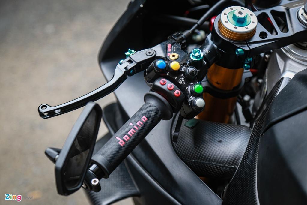 Aprilia RSV4 do theo phong cach MotoGP ton 400 trieu hinh anh 5 RSV4_GP_zing_(12).jpg