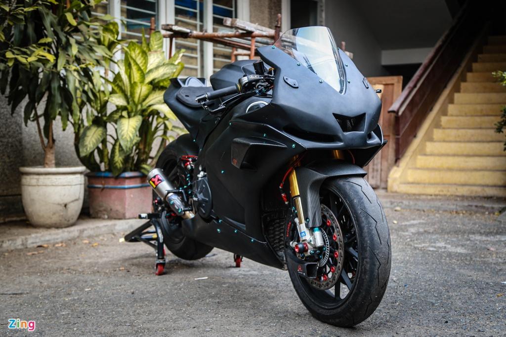 Aprilia RSV4 do theo phong cach MotoGP ton 400 trieu hinh anh 1 RSV4_GP_zing_(19).jpg
