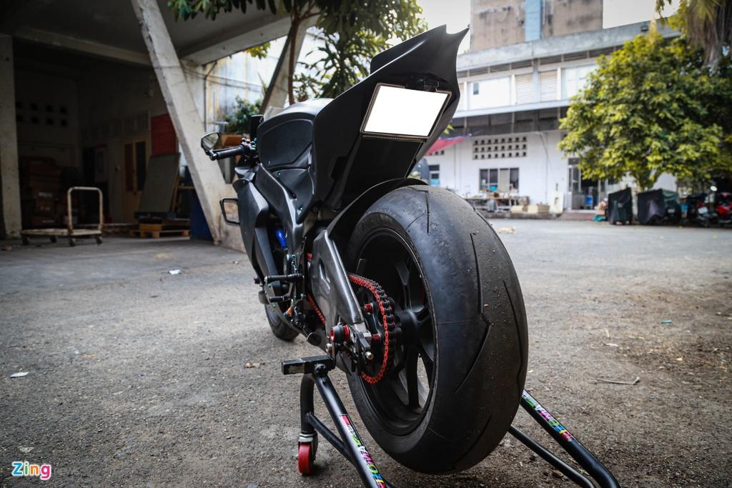 Aprilia RSV4 do theo phong cach MotoGP ton 400 trieu hinh anh 4 RSV4_GP_zing_21.jpg