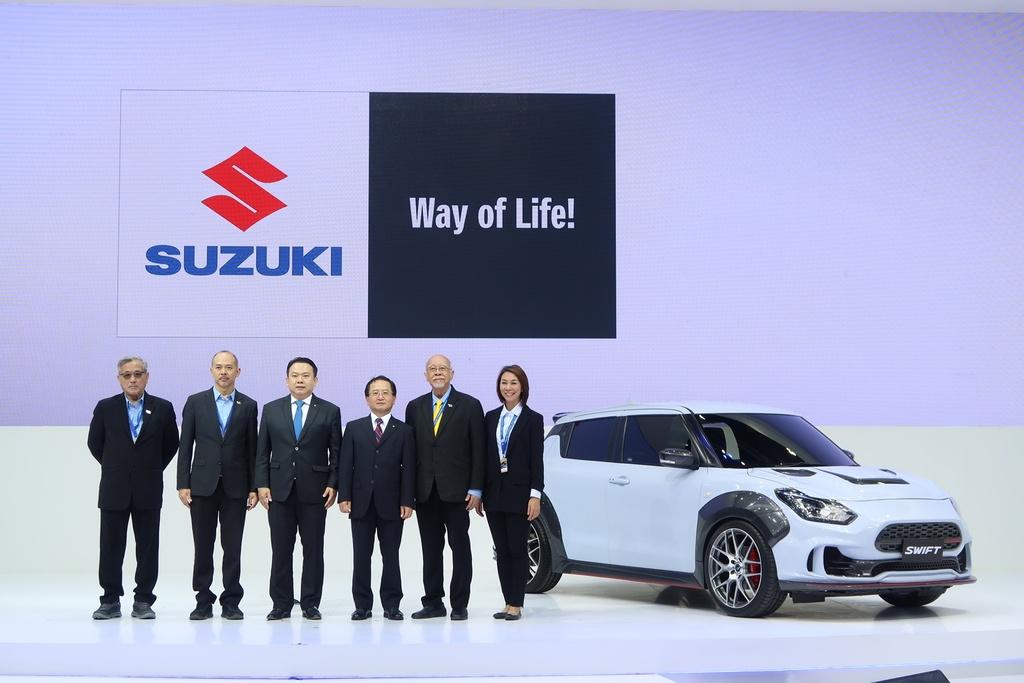 Suzuki Swift ban the thao ra mat, ngoai hinh ham ho hon hinh anh 8 Suzuki-Swift-Extreme-2.jpg