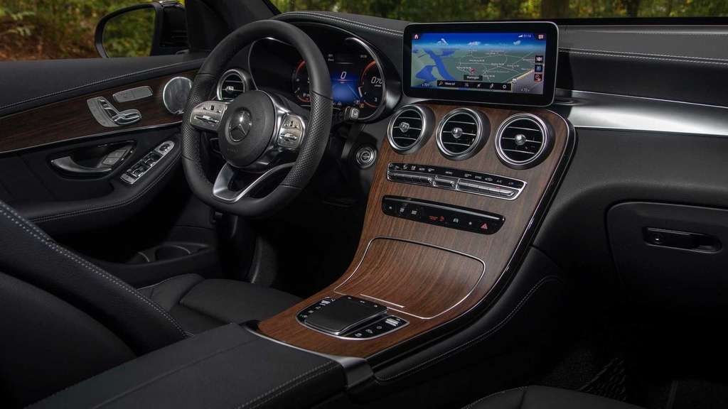 Mercedes GLC 300 2020 moi ra mat khac gi so voi the he cu? hinh anh 13 2020_mercedes_benz_glc_300_first_drive.jpg