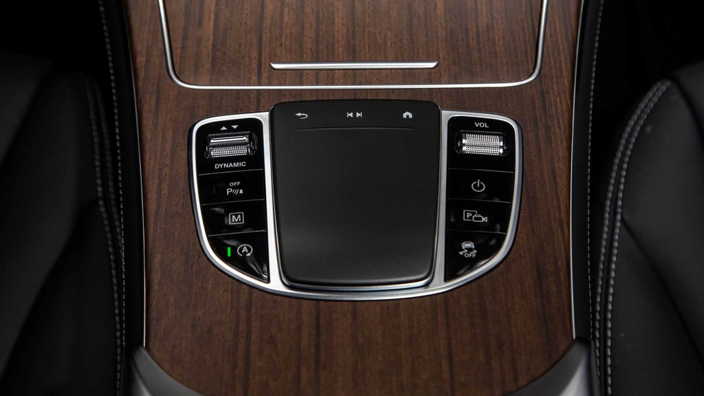 Mercedes GLC 300 2020 moi ra mat khac gi so voi the he cu? hinh anh 7 2020_mercedes_benz_glc_300_first_drive_3_.jpg