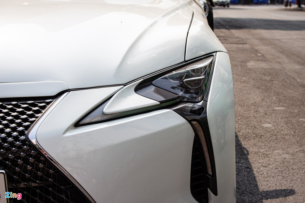 Dan choi bien xe mui tran doi cu Lexus SC430 thanh LC500h tai TP.HCM hinh anh 4 Lexus_SC430_11_zing.jpg