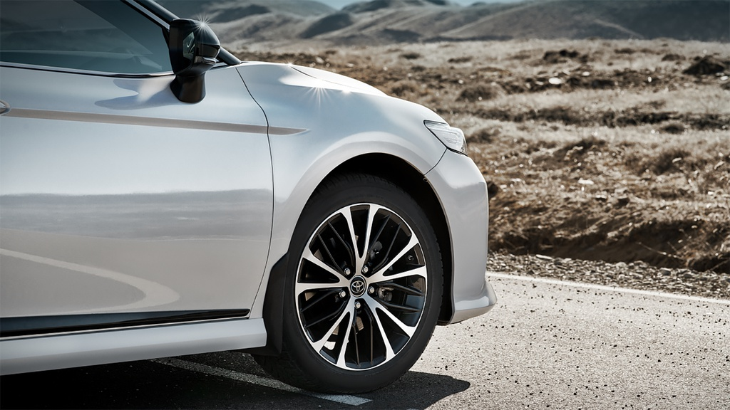 Toyota Camry S-Edition 2020 ra mat, thiet ke tao bao hon hinh anh 3 2020_Toyota_Camry_S_Edition_Russia_4.jpg