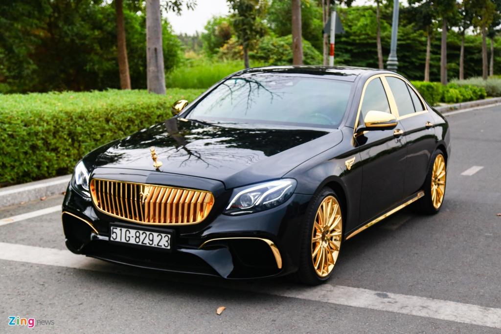 Mercedes-Benz E 300 AMG ma vang dinh kim cuong anh 1