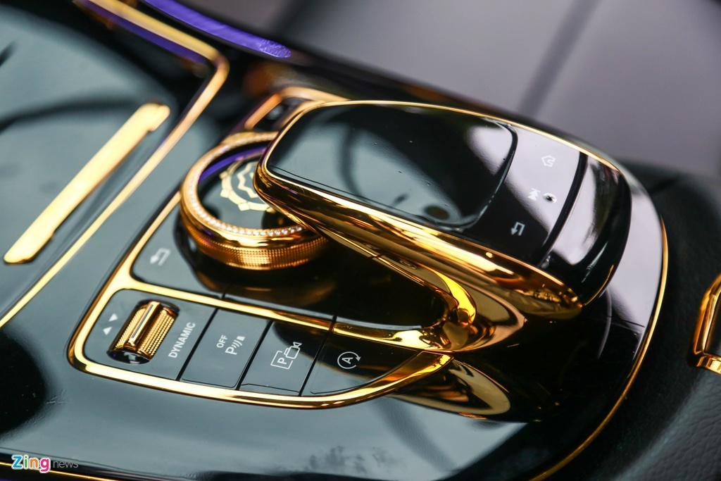 Mercedes-Benz E 300 AMG ma vang dinh kim cuong anh 15