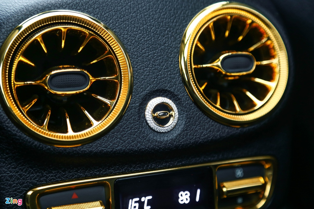 Mercedes-Benz E 300 AMG ma vang dinh kim cuong anh 17