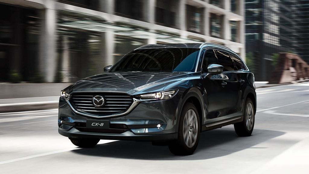 Loat xe Mazda, Nissan ha gia 100 trieu dong o Viet Nam hinh anh 2 mazdacx8hero.jpg