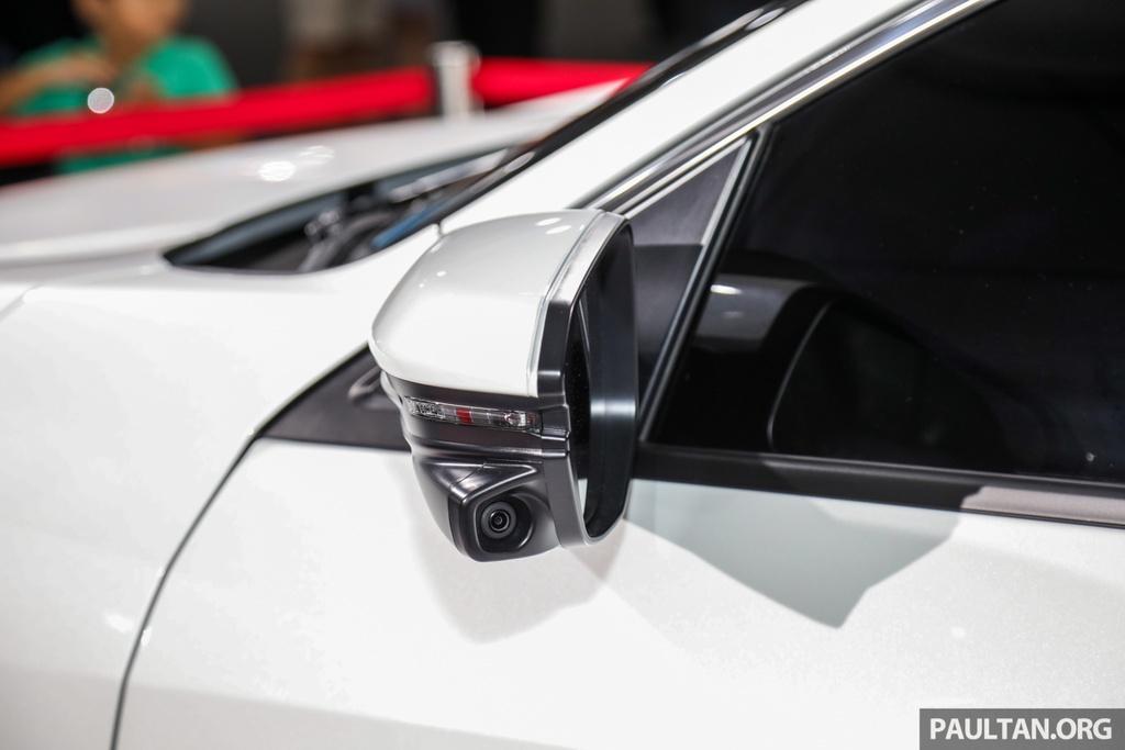 Honda Civic 2020 nang cap kieu dang, them trang bi an toan hinh anh 8 Honda_Civic_Facelift_with_Honda_Sensing_Preview_Ext_13.jpg
