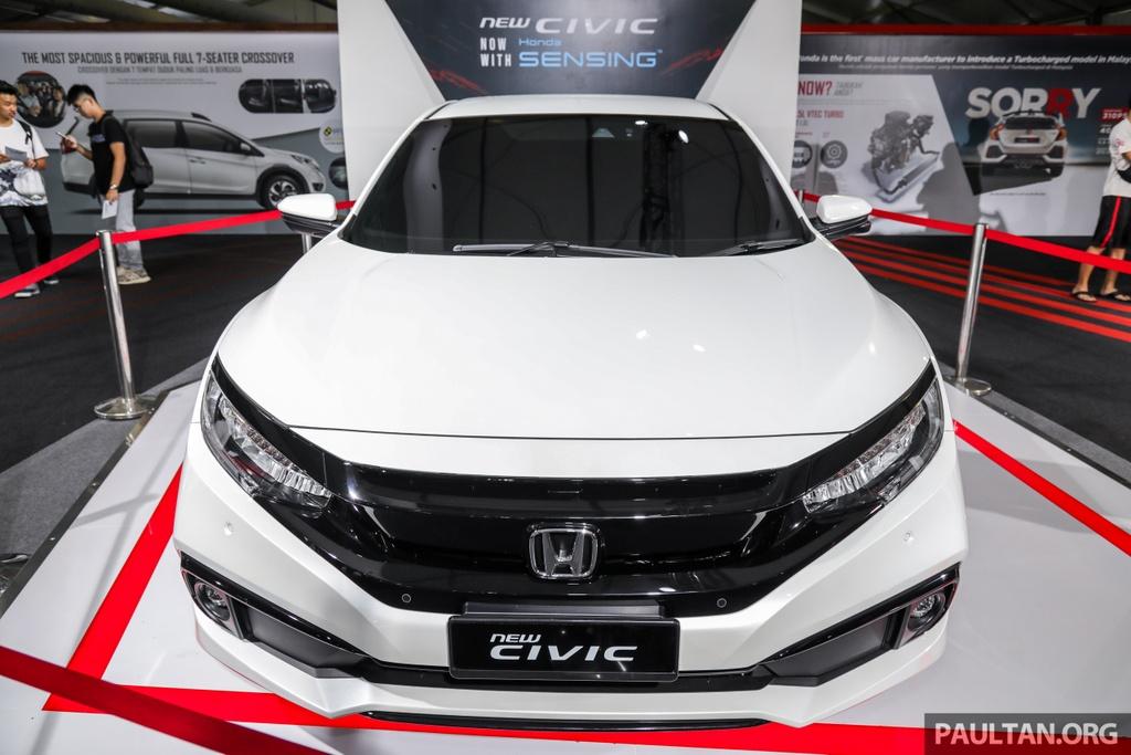 Honda Civic 2020 nang cap kieu dang, them trang bi an toan hinh anh 10 Honda_Civic_Facelift_with_Honda_Sensing_Preview_Ext_4.jpg