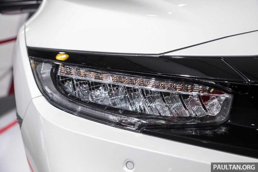 Honda Civic 2020 nang cap kieu dang, them trang bi an toan hinh anh 2 Honda_Civic_Facelift_with_Honda_Sensing_Preview_Ext_7.jpg