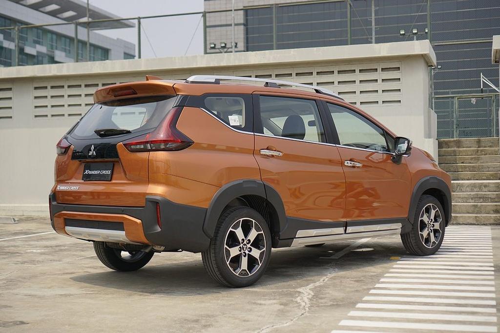 So sanh Suzuki XL7 va Mitsubishi Xpander Cross anh 6