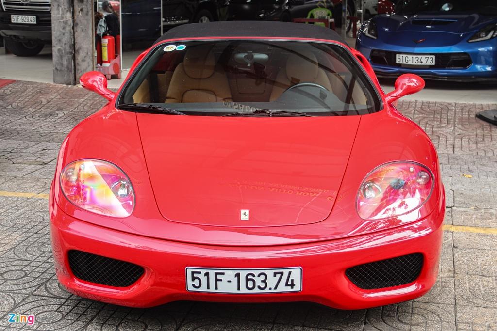 Ferrari 360 Spider tung cua ong Dang Le Nguyen Vu tai xuat tai TP.HCM hinh anh 3 Ferrari_360_Spider_zing_14_.jpg